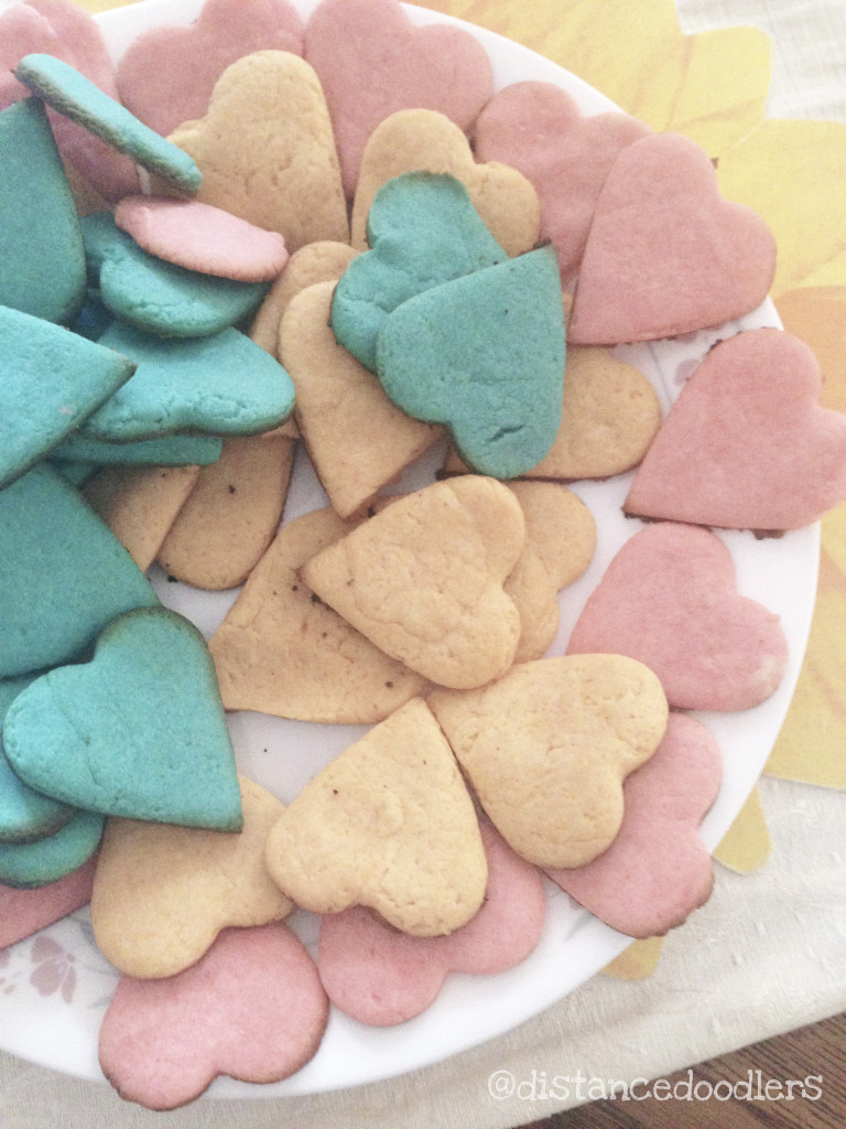 Valentine heart shaped Hello Kitty cookies recipe 1