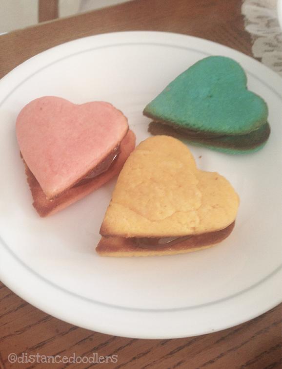 Valentine heart shaped Hello Kitty cookies recipe8